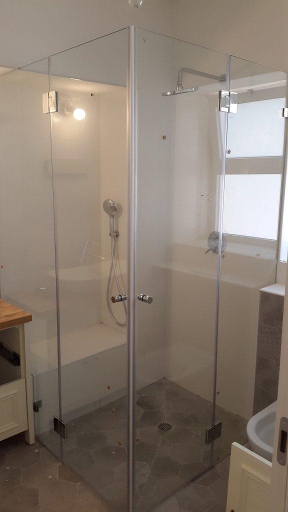 מקלחוני זכוכית5 (Large)