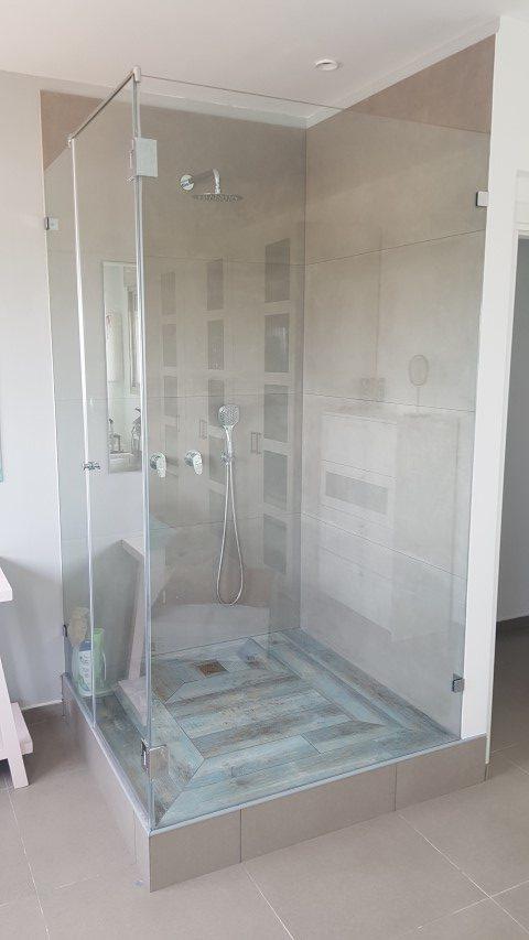 מקלחוני זכוכית6 (Small)