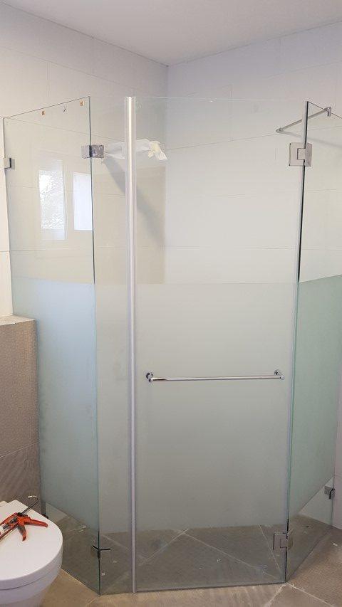 מקלחוני זכוכית7 (Small)